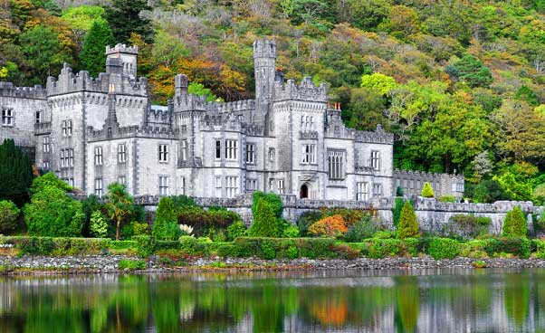 Kylemore Abbey & Lake